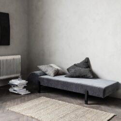 Nabeeha Daybed